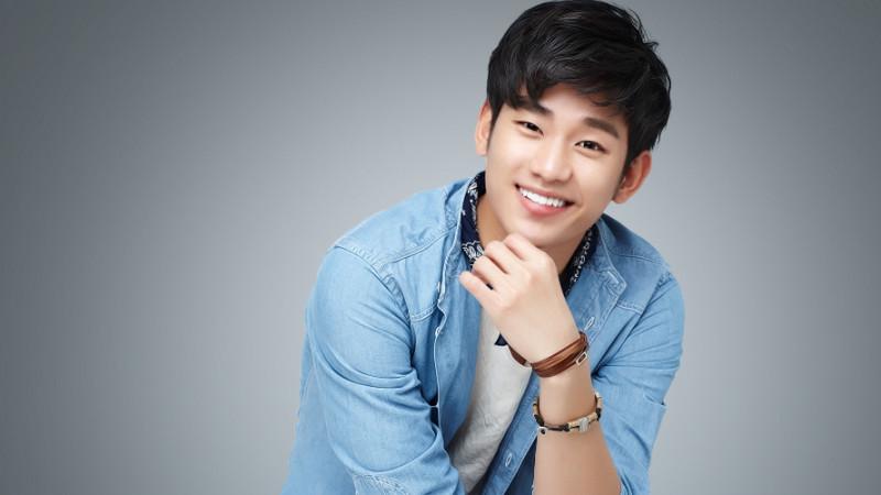 Kim Soo Hyun - Nam thần trong lòng các fan nữ Việt