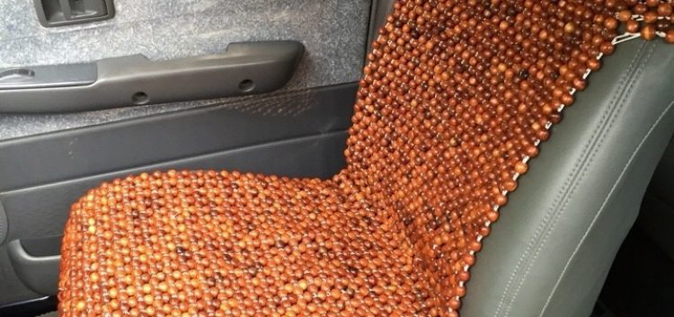 Đệm ghế ô tô gỗ hương cao cấp