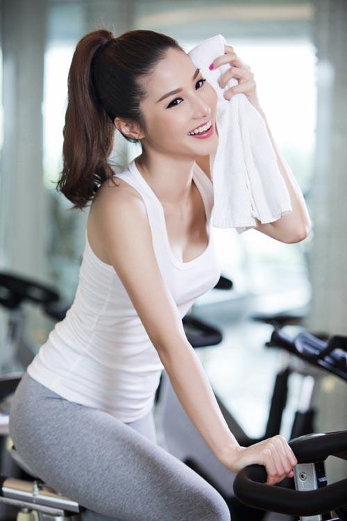 Tập thể hình giúp bạn có thân hình cân đối và hệ xương chắc khỏe