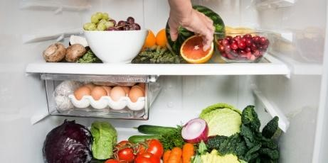Luôn giữ tủ lạnh sạch, không mùi hôi