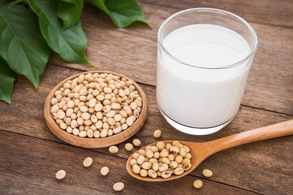 Sữa đậu nành có tác dụng gì với phụ nữ