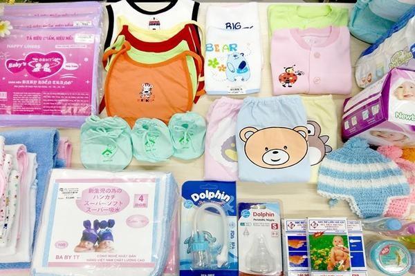 Đồ sơ sinh cần mua những gì để đầy đủ và toàn diện nhất cho bé