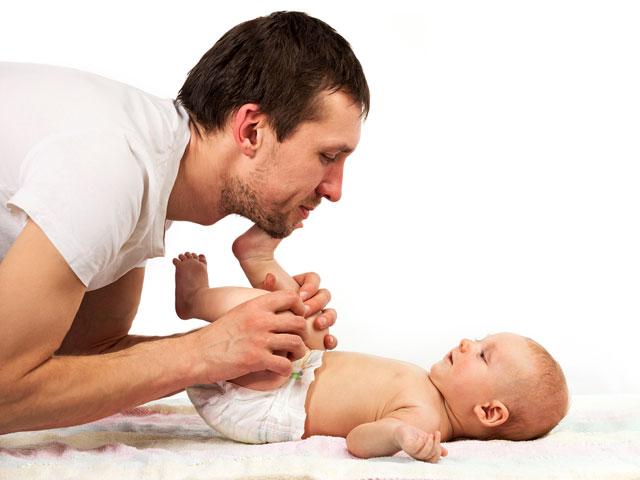 Thiếu kẽmảnh hưởng đến vị giác và khứu giác khiến trẻ không có cảm giác ngon miệng khi ăn. Về lâu dài, trẻ sẽ biếng ăn, gây nên tình trạng suy dinh dưỡng, chậm lớn. Kẽm là vi chất cần thiết cho hệ miễn dịch và phát triển chiều cao.
